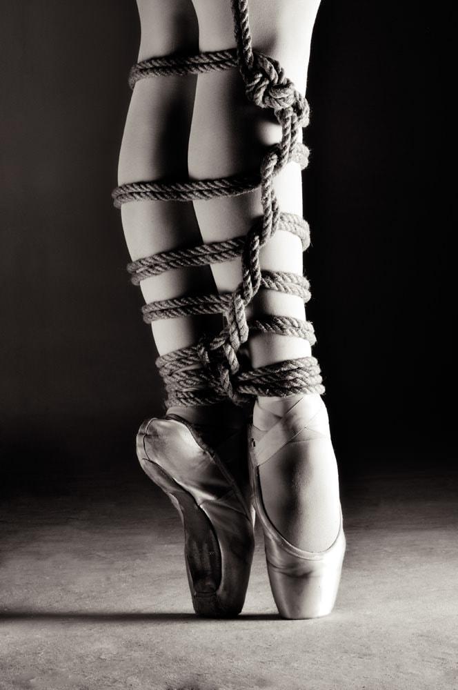 Fetish Photogrpahy - rivonia - en pointe rope bondage.jpg