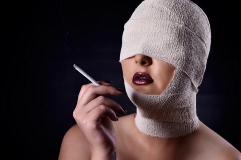 Fetish photogrpahy - Northcliff - blindfolded smoking