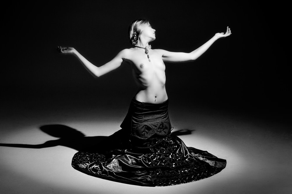 Nude Photogrpahy  -Morningside - yin and yang