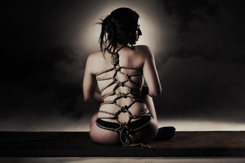 fetish photogrpahy - Sandton - karada bondage.jpg